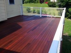 mahogany-deck-after-staining